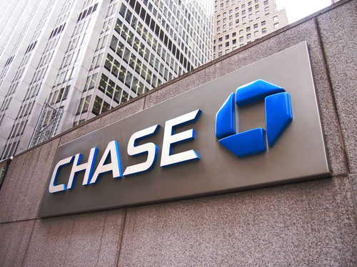 JP Morgan to Cut $200 Million off Chase Sapphire Reserve Cards