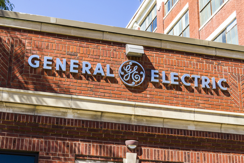 GE to sell its Railroad Business Division
