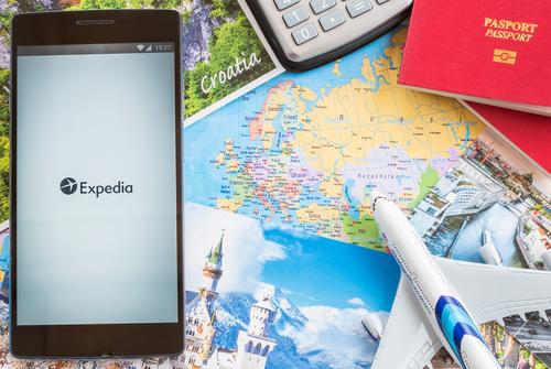 Expedia Shares Plunge after Fourth Quarter Earning Misses Estimates