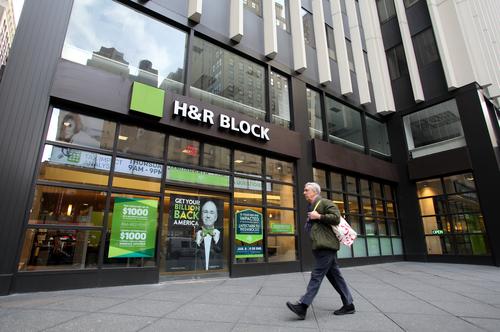 H&R Block shutting down 400 stores