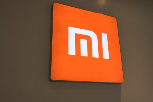 Chinese Smartphone Maker Xiaomi Falls on Its Debut in Hong Kong