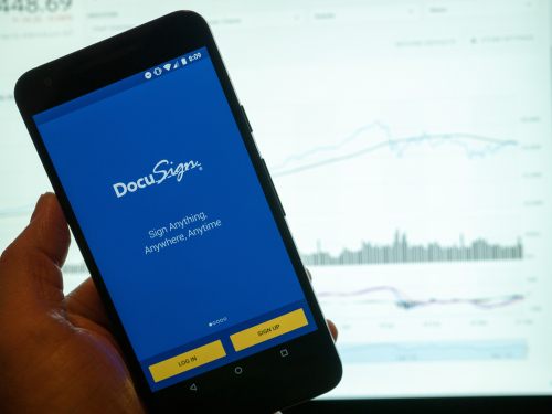 DocuSign Beats Second Quarter Estimates
