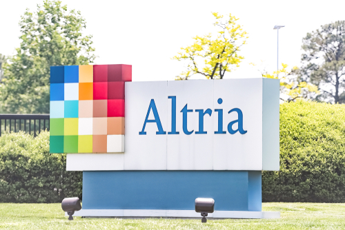 Altria In Talks To Take Minority Stake In Juul