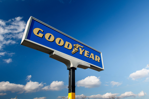 Goodyear Shares Tumble on Earnings Miss